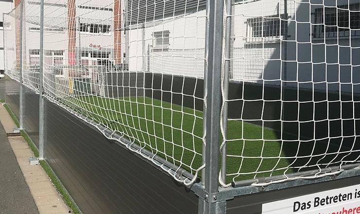 Fußball-Platz für Oskar Kämmer Schule