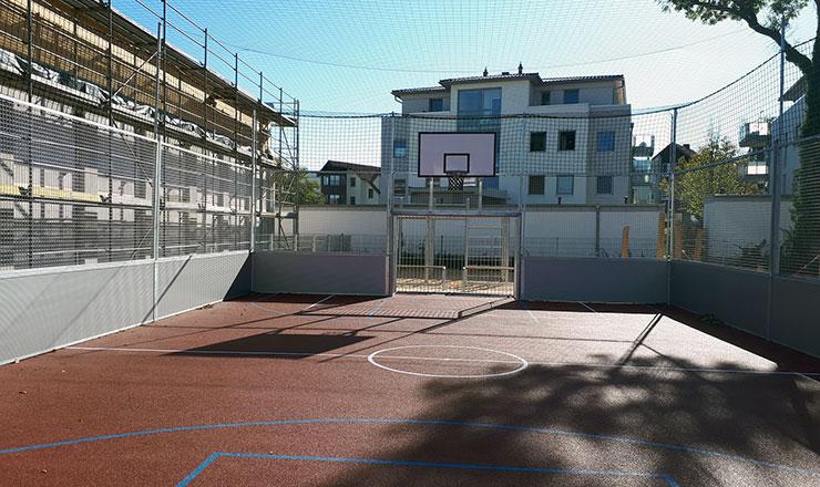 Schule in Gifhorn freut sich über neue SoccerBox