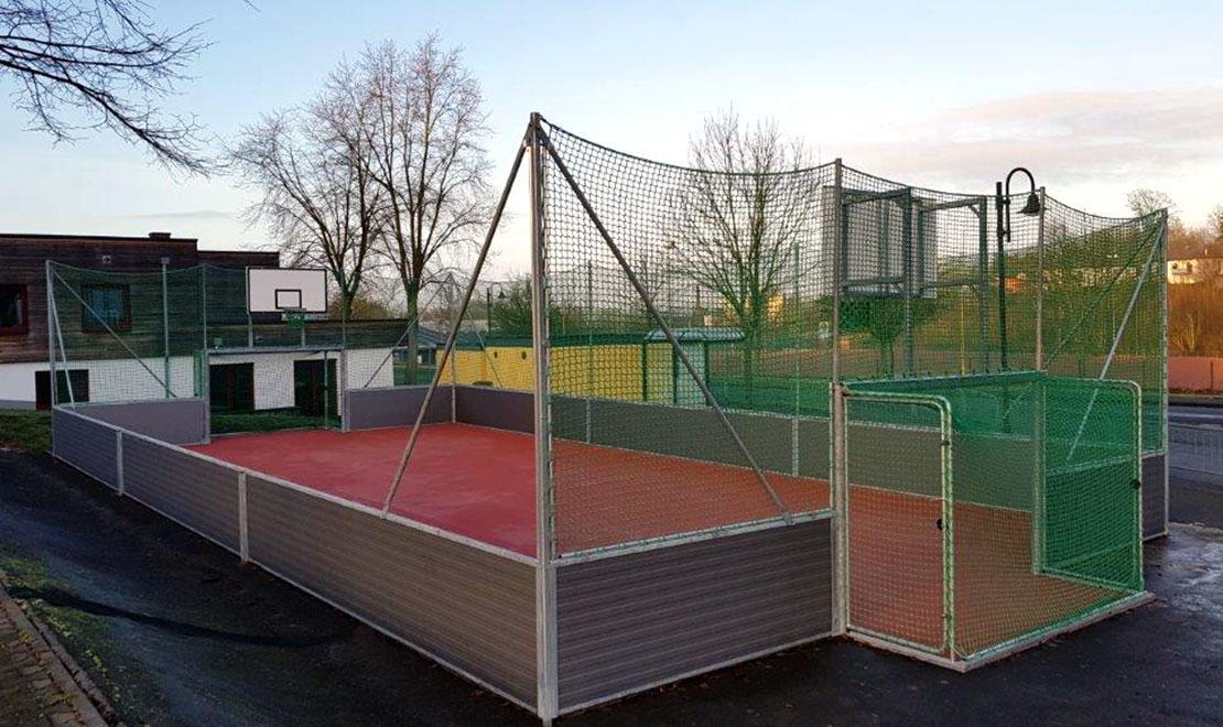 Multisport-Arena für Jugendzentrum Hachenburg
